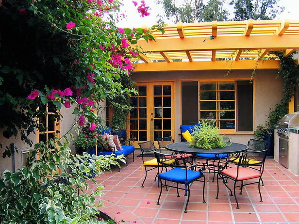 Colorful outdoor rooms outdoors home garden television seattle staging company Home garden television